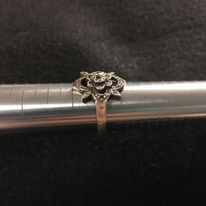 Vintage Jewelry - Marcasite ring.